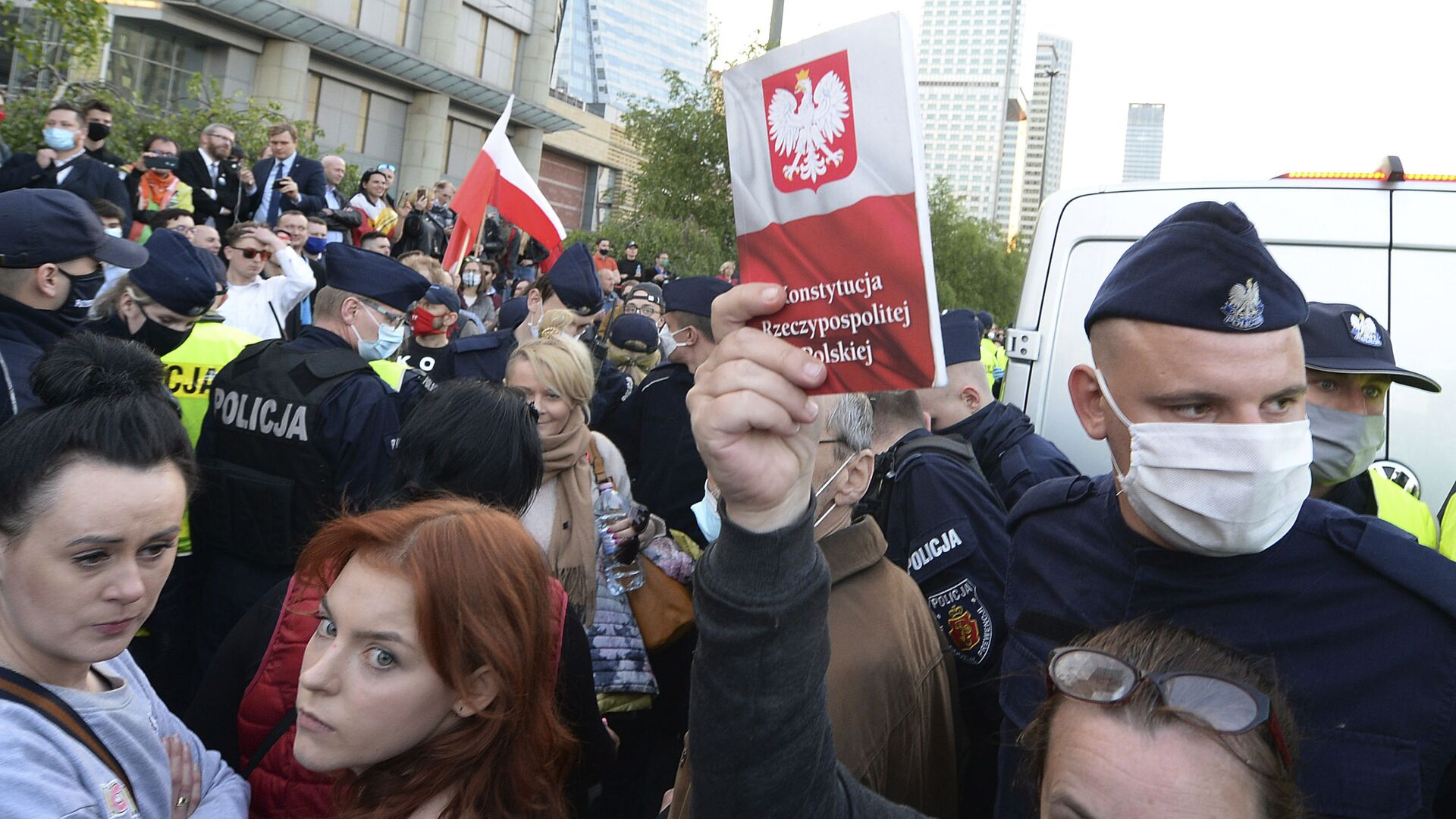 Protesty przedsiębiorców w Warszawie - Sputnik Polska, 1920, 10.10.2021