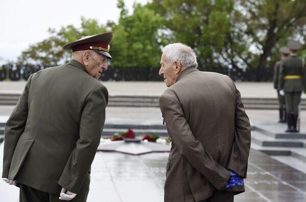 Weterani Wielkiej Wojny Ojczyźnianej w Erewanie - Sputnik Polska