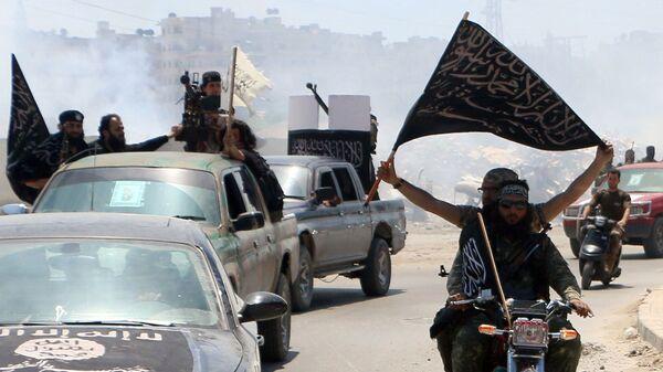 Bojownicy Al-Kaidy w syryjskim mieście Aleppo - Sputnik Polska