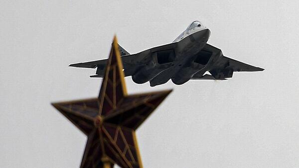 Su-57  nad Moskwą - Sputnik Polska