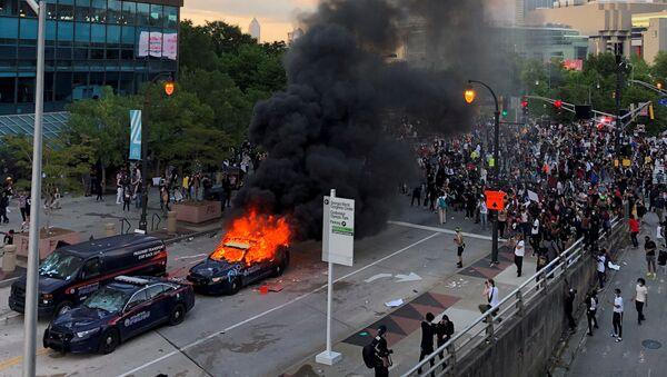 Protesty przed biurem CNN w Atlancie - Sputnik Polska