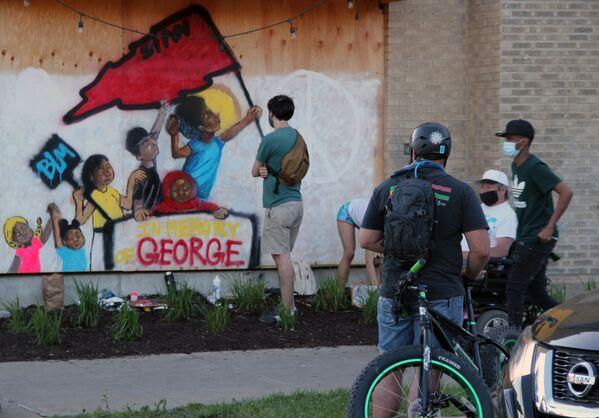 Graffiti na ścianach w Minneapolis - Sputnik Polska