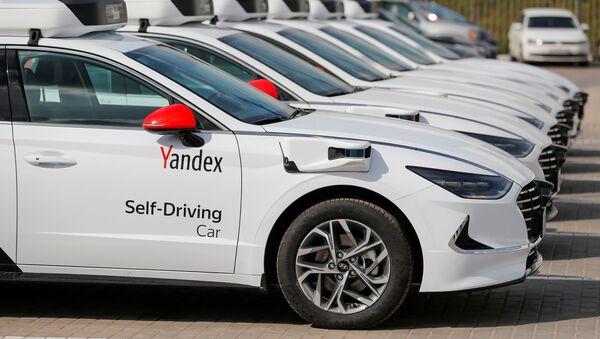 Bezzałogowe samochody Yandex - Sputnik Polska
