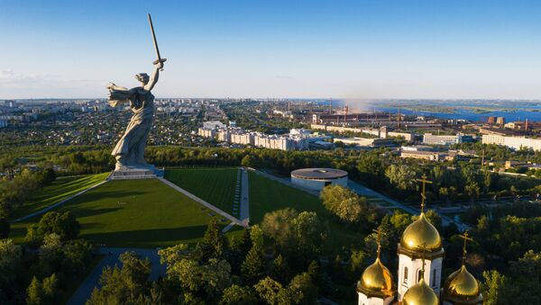Posąg Matka Ojczyzna Wzywa! w Wołgogradzie po restauracji - Sputnik Polska