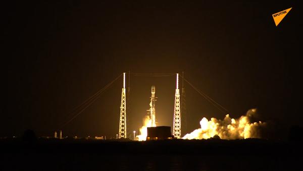 Rakieta Falcon 9 - Sputnik Polska