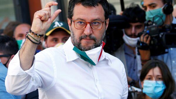 Lider Ligi Matteo Salvini - Sputnik Polska