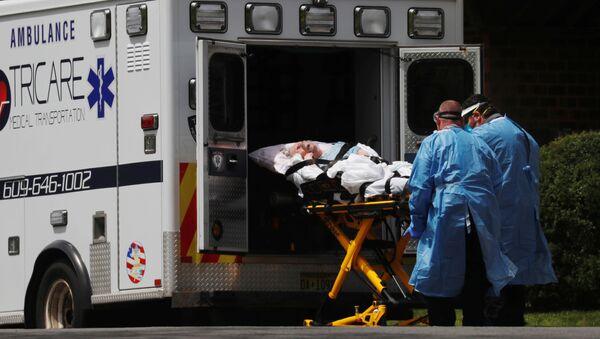 Lekarze pogotowia ratunkowego w Hammonton, New Jersey, USA - Sputnik Polska