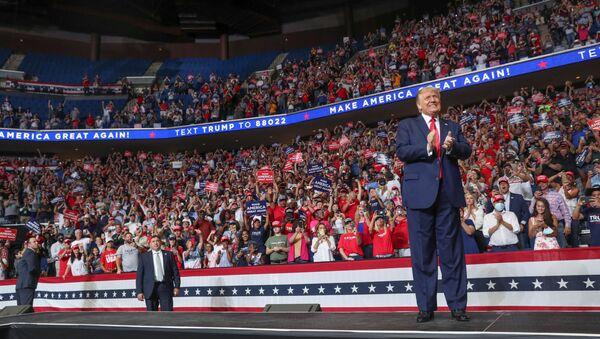 Spotkanie Donalda Trumpa z wyborcami w mieście Tulsa w Oklahomie - Sputnik Polska