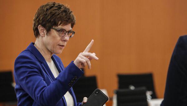 Minister obrony Niemiec Annegret Kramp-Karrenbauer  - Sputnik Polska