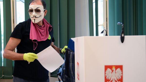 Lokal wyborczy w Warszawie - Sputnik Polska