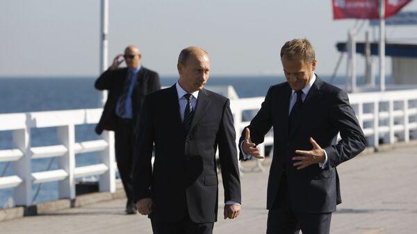 Władimir Putin na sopockim molo z Donaldem Tuskiem - Sputnik Polska