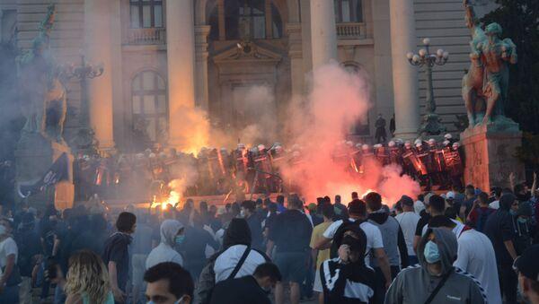 Protesty w Serbii - Sputnik Polska