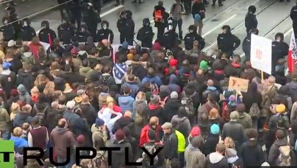 """Ruch """"Chuligani przeciwko salafitom"""" protestuje w Kolonii - Sputnik Polska"""