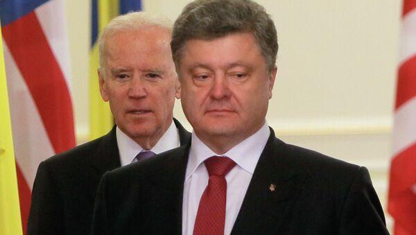 Prezydent Ukrainy Petro Poroszenko i Wiceprezydent USA Joe Biden - Sputnik Polska