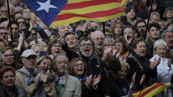 Zwolennicy niepodległości Katalonii w Barcelonie - Sputnik Polska