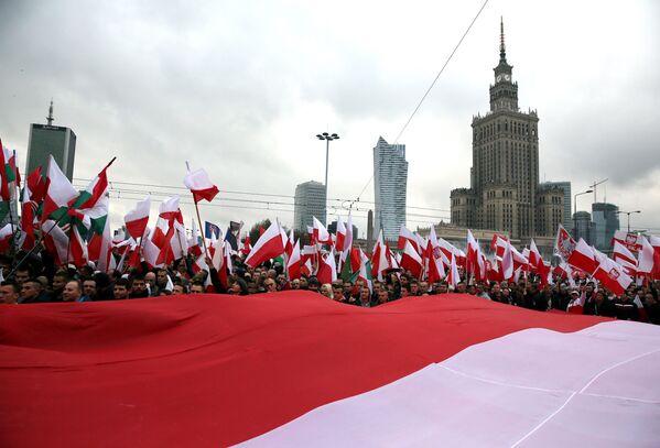 Dzień Niepodległości w Warszawie, 11 listopada 2015 r. - Sputnik Polska