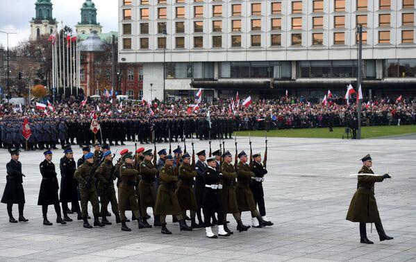 Uroczystości z okazji Dnia Niepodległości, 11 listopada 2015 r. - Sputnik Polska