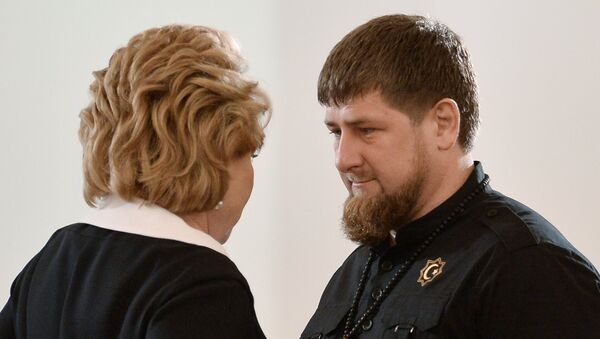 Przywódca Czeczenii Ramzan Kadyrow i Szefowa Rady Federacji Rosji Walentina Matwijenko przed wygłoszeniem orędzia Władimira Putina do Zgromadzenia Federalnego - Sputnik Polska