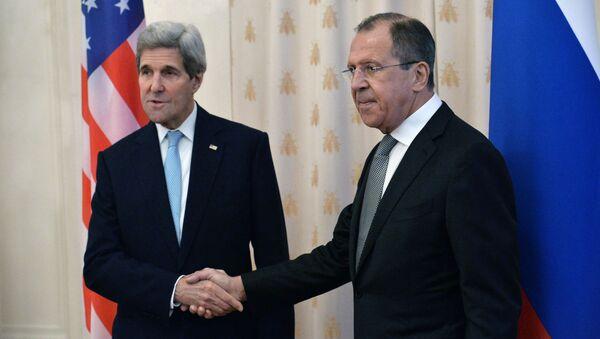 Sekretarz stanu USA John Kerry i minister spraw zagranicznych Rosji Siergiej Ławrow na spotkaniu w Moskwie - Sputnik Polska
