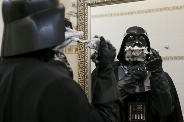 Po co goli się dowódca armii Imperium Galaktycznego, nikt nie wie. Nawet on sam. - Sputnik Polska
