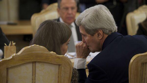 Asystent sekretarza stanu USA Victoria Nuland i sekretarz stanu USA John Kerry na spotkaniu z ministrem spraw zagranicznych Rosji Siergiejem Ławrowem - Sputnik Polska
