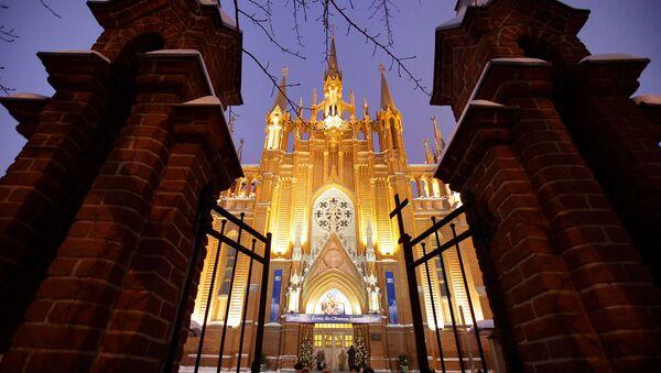 Rzymsko-katolicki sobór katedralny Niepokalanego Poczęcia Najświętszej Marii Panny - Sputnik Polska