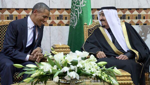 Prezydent USA Barack Obama i król Arabii Saudyjskiej Salman ibn Abd al-Aziz Al Su'ud - Sputnik Polska