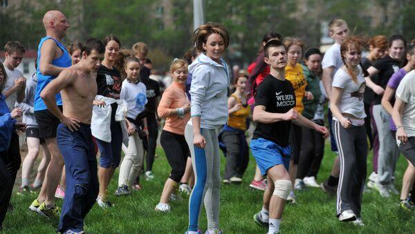 Rosjanie mniej piją, wzrosła liczba osób uprawiających sport - Sputnik Polska