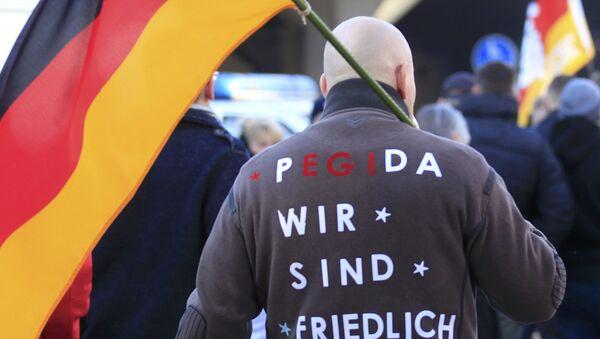 Antyislamska demonstracja ruchu PEGIDA w Kolonii - Sputnik Polska