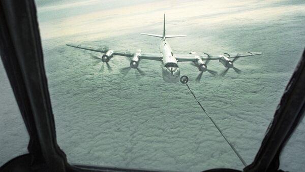 Strategiczny samolot bombowy dalekiego zasięgu Tu-95 - Sputnik Polska