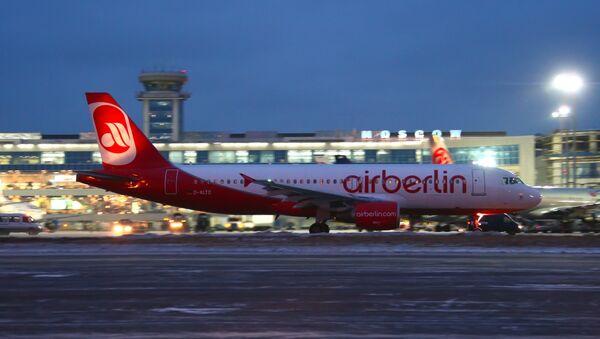 Samolot Air Berlin w Domodiedowie - Sputnik Polska