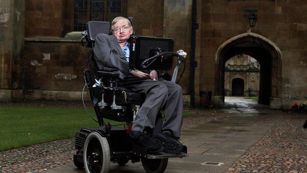 Brytyjski fizyk teoretyk Stephen Hawking ostrzega człowieczeństwo przed nieuchronną katastrofą technogenną - Sputnik Polska