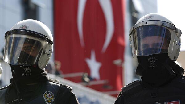 Policja w Stambule - Sputnik Polska
