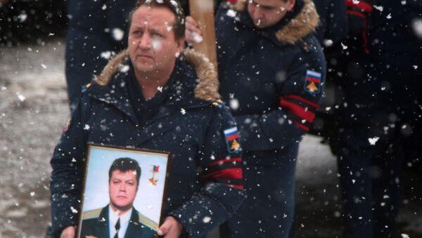 Pożegnanie pilota Su-24 Olega Pieszkowa w Lipiecku - Sputnik Polska