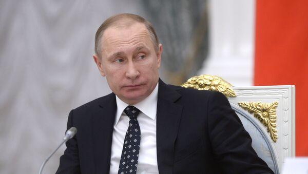Prezydent Rosji Władimir Putin na posiedzeniu Rady ds. nauki i edukacji - Sputnik Polska