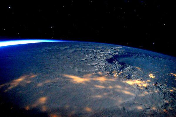 Zdjęcie burzy śnieżnej, jaka przeszła przez USA - Sputnik Polska
