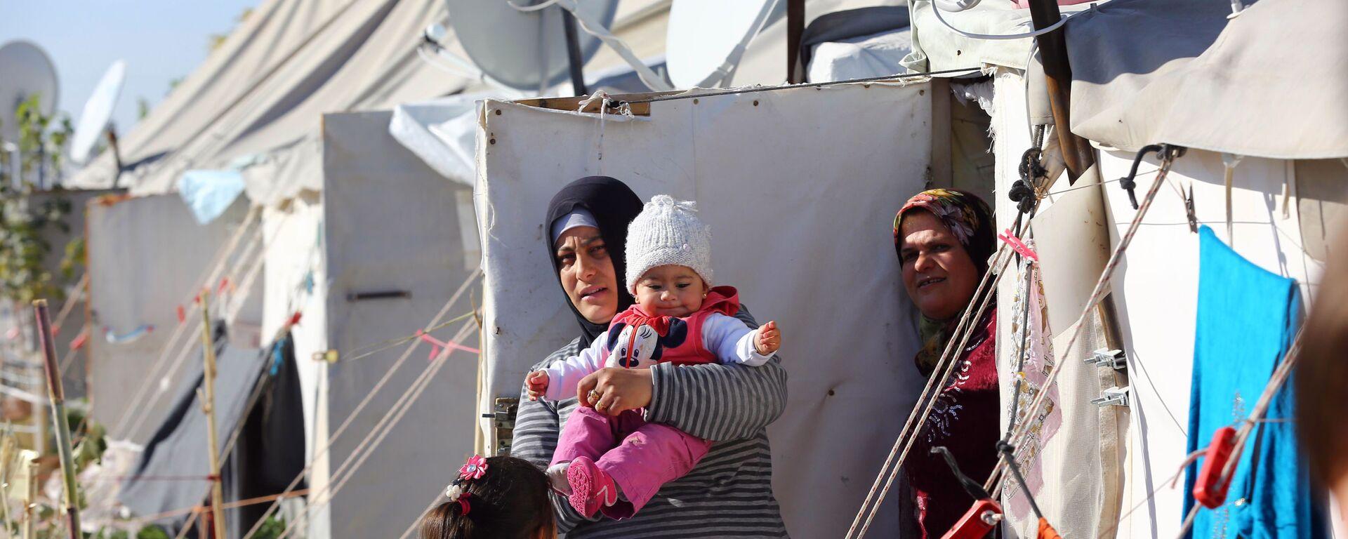 Syryjskich uchodźców w obozie tymczasowym w Turcji - Sputnik Polska, 1920, 01.09.2021