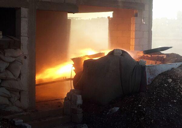 Syryjska armia podczas szturmu miejscowości Osman - Sputnik Polska