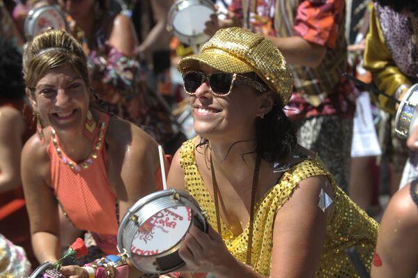 Wielu mieszkańców weźmie udział w kolorowym karnawale - Sputnik Polska