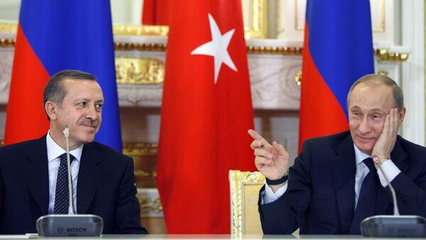 Konferencja prasowa Władimira Putina i Recepa Tayyipa Erdogana w Moskwie, 13 stycznia 2010 r. - Sputnik Polska