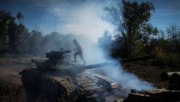 Wycofanie broni o kalibrze mniejszym niż 100 mm w ŁRL - Sputnik Polska