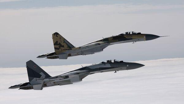Myśliwce Su-35 - Sputnik Polska