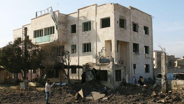 Uszkodzony w wyniku nalotu szpital w mieście Aazaz, Syria - Sputnik Polska