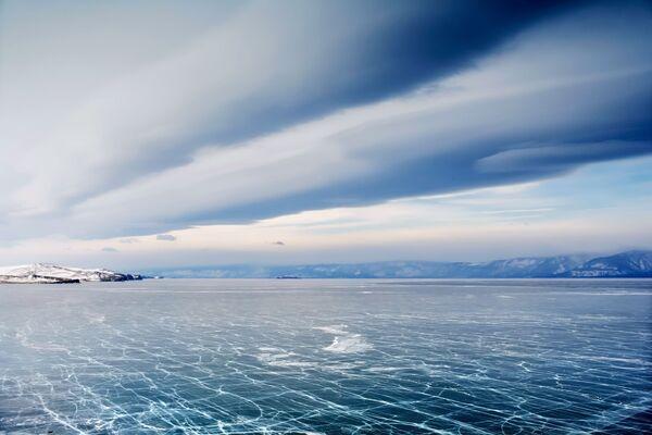 Jezioro Bajkał, Małe Morze niedaleko osady Chużyr. - Sputnik Polska