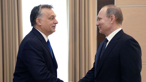 Premier Węgier Wiktor Orban i prezydent Rosji Władimir Putin - Sputnik Polska