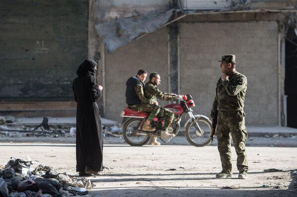 Mieszkalna dzielnica w Aleppo w Syrii - Sputnik Polska