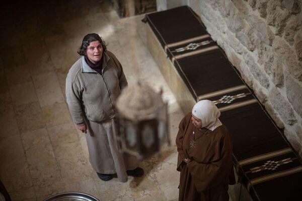 Zakonnice w klasztorze katolickim w mieście Kara w Syrii. - Sputnik Polska