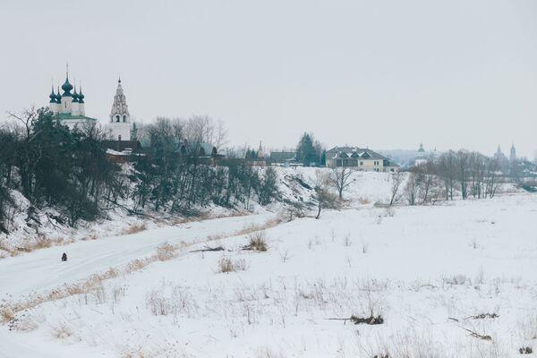 Cerkiew Wniebowstąpienia Pańskiego i monaster Świętego Aleksandra w Suzdalu - Sputnik Polska