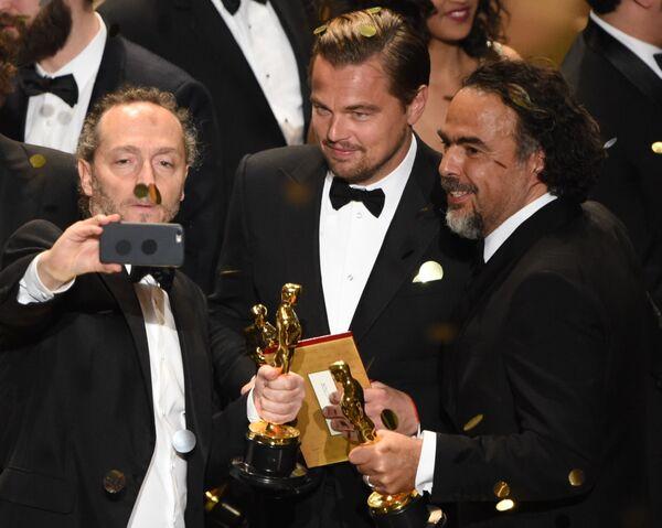 Emmanuel Lubezki, Leonardo DiCaprio i Alejandro Gonzalez Inarritu - Sputnik Polska