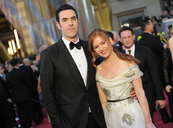 Amerykański aktor Sacha Baron Cohen z żoną Isla Fisher podczas 88. ceremonii wręczenia Oscarów - Sputnik Polska